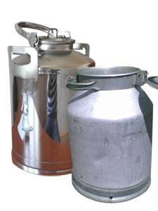 Сравнение бидонов из алюминия и нержавеющей стали